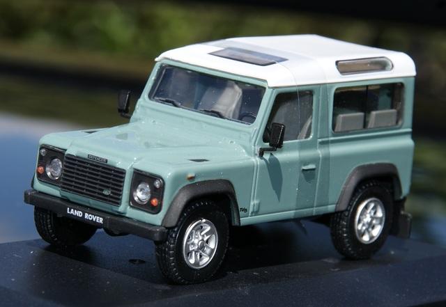 Land Rover Defender Corto Verde Claro Es