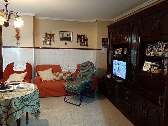 REF 1218:  CASA CON GRAN PATIO - foto 6