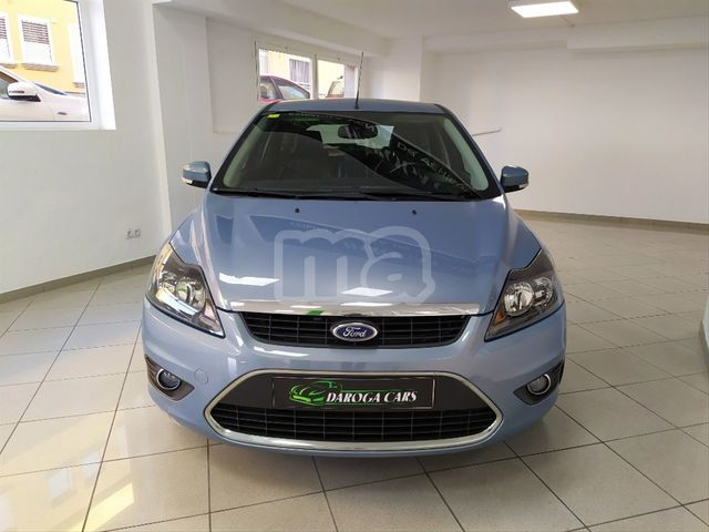 FORD - FOCUS 1. 6 TREND - foto 2
