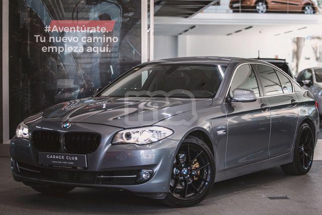 BMW - SERIE 5 520D - foto 1