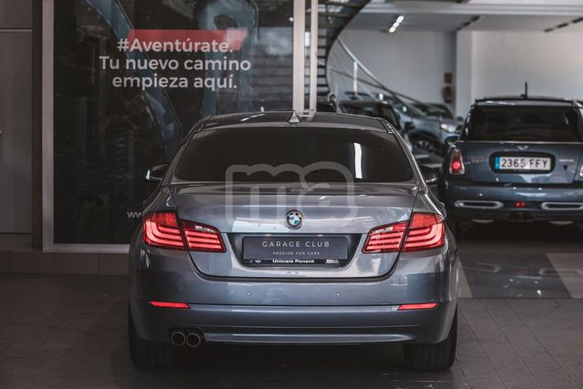 BMW - SERIE 5 520D - foto 6