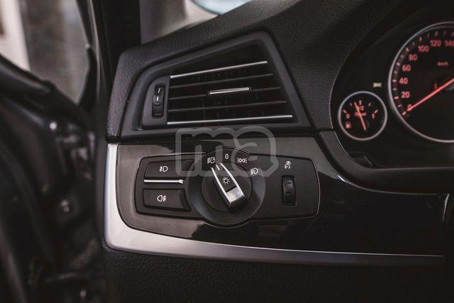 BMW - SERIE 5 520D - foto 9