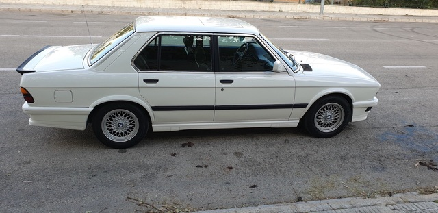 BMW - E28 M535I - foto 1