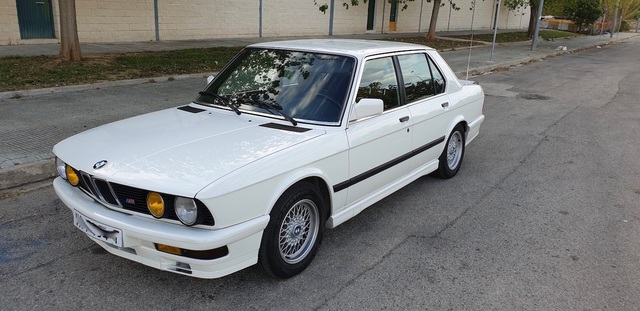 BMW - E28 M535I - foto 3