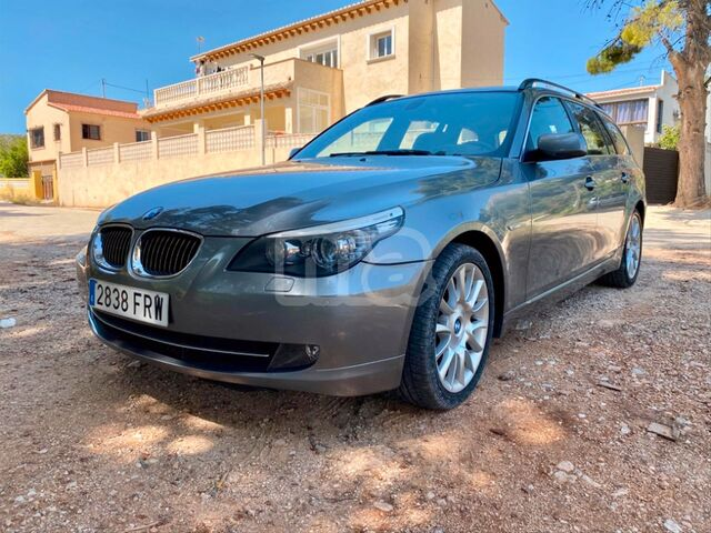 BMW - SERIE 5 530XI TOURING - foto 9