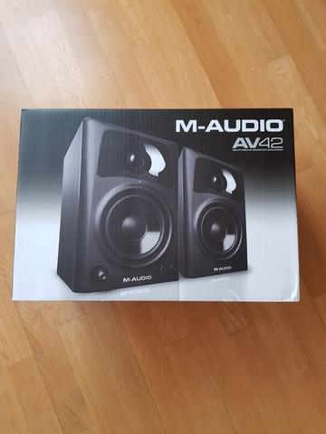 M-AUDIO AV42 ALTAVOCES ACTIVOS COMPACTOS - foto 5