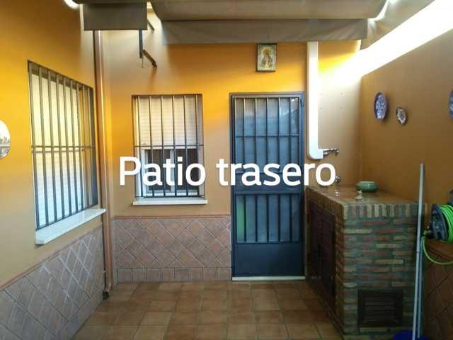CASA DE PLANTA BAJA CON SÓTANO - foto 3
