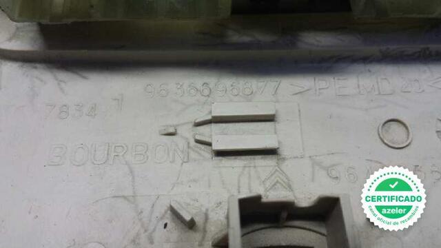 LUZ INTERIOR CITROEN C4 BERLINA 16 16V - foto 3
