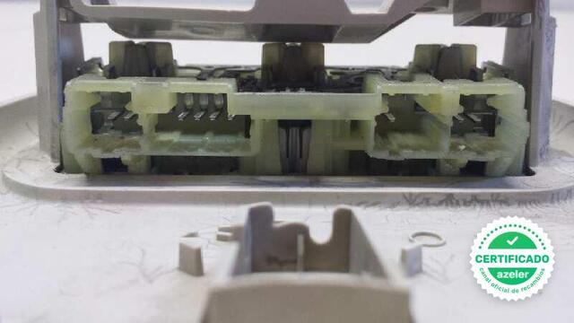 LUZ INTERIOR CITROEN C4 BERLINA 16 16V - foto 5