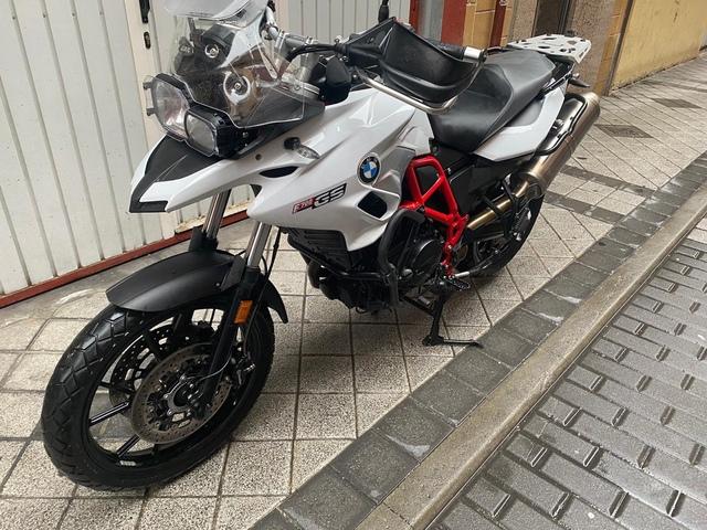 BMW - GS 700 - foto 4