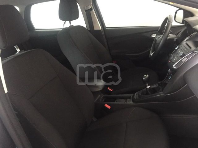 FORD - FOCUS 1. 0 ECOBOOST ASS 92KW TREND SPORTBR - foto 7