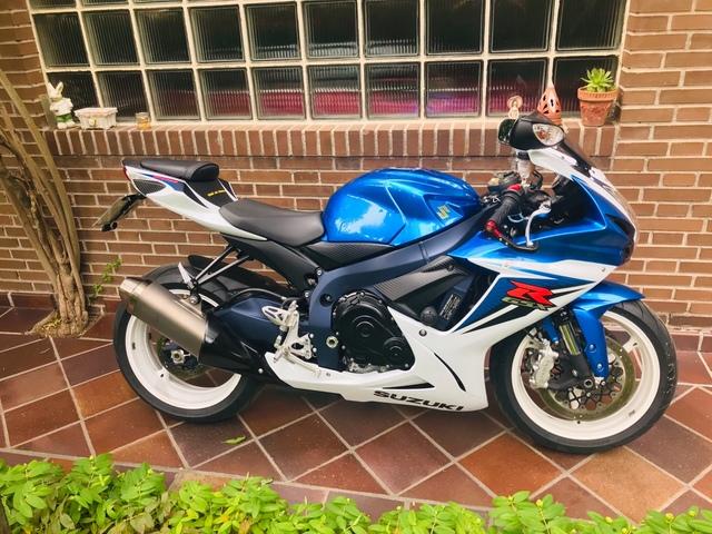 SUZUKI - GSX-R 600 - foto 3