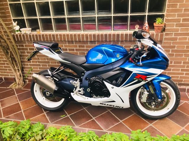 SUZUKI - GSX-R 600 - foto 4