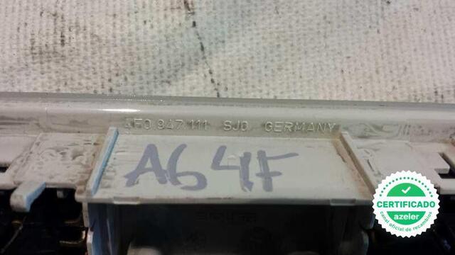 LUZ INTERIOR AUDI RS 6 4F2 30 TDI - foto 3