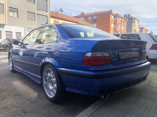 BMW - M3 COUPE - foto 4