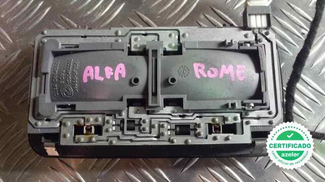LUZ INTERIOR ALFA ROMEO 147 190 19 JTD - foto 3
