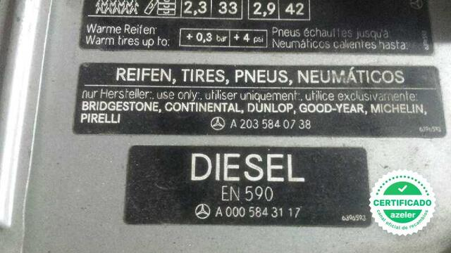 TAPA EXTERIOR COMBUSTIBLE MERCEDES CLASE - foto 3