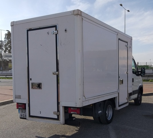 IVECO - DAILY 35C11 - foto 4