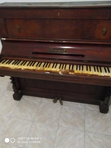 VENDO PIANO ANTIGUO - foto 3