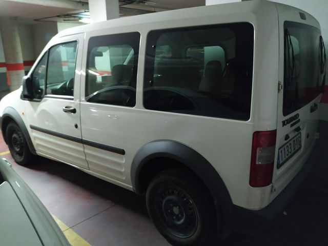 FORD - TOURNEO CONNECT - foto 1