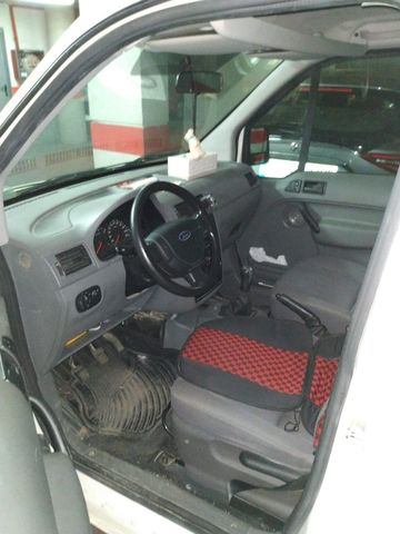FORD - TOURNEO CONNECT - foto 3