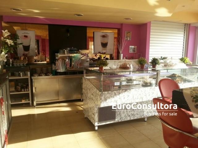 CAFETERIA SANDWICH BAR EN LA CARIHUELA - foto 3