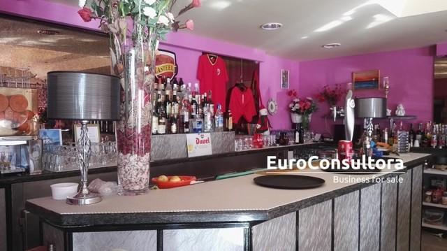 CAFETERIA SANDWICH BAR EN LA CARIHUELA - foto 4