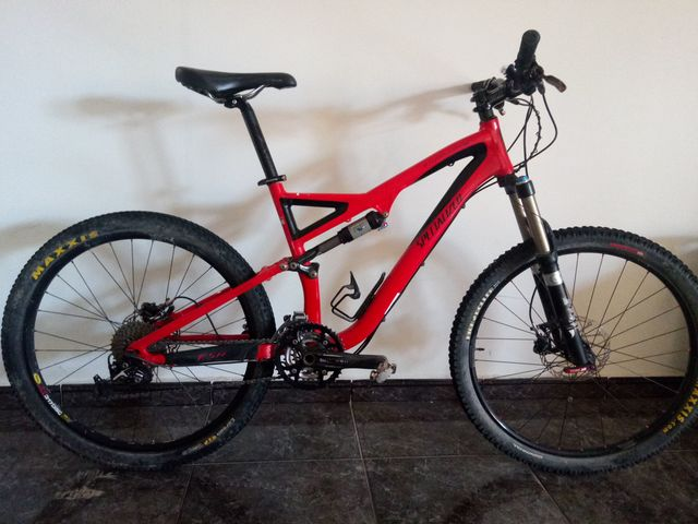 Specialized Stumpjumper,  Ahora 700