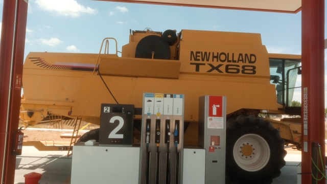 NEW HOLLAND TX 68 PLUS - foto 2