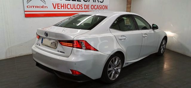 LEXUS - IS 300H HYBRID - foto 3