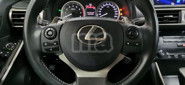 LEXUS - IS 300H HYBRID - foto 7