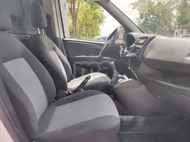 FIAT - DOBLO CARGO BASE MAXI 1. 3 MJET 90 CARG AUMENT E5 - foto 8