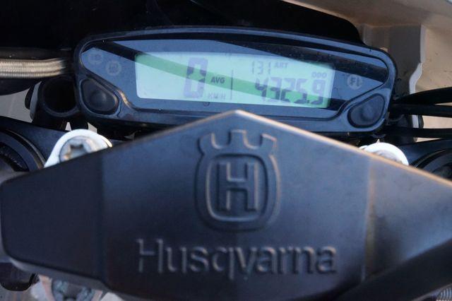 HUSQVARNA - FE 450 25 ANIVERSARIO - foto 7
