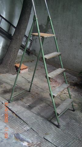 Escalera Metal 5 Peldaños