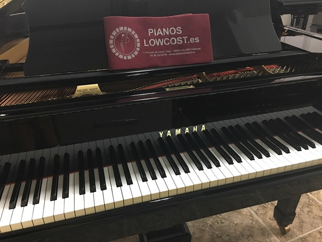 PIANO COLA YAMAHA G2.  TRANSPORTE INCLUID - foto 2