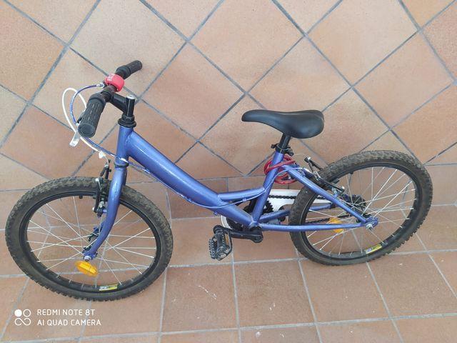 Se Vende Bicicleta Azul Para Niño