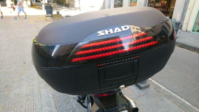 MALETA MOTO  SHAD SH 46 CON RESPALDO - foto 1