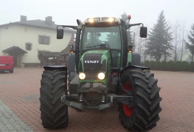 TRACTOR AGRICOLA FENDT FAVORIT VARI - 714 - foto 4