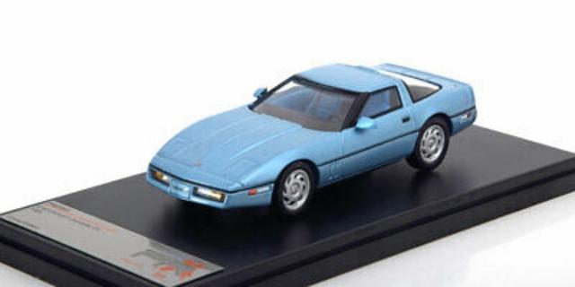 Premium Chevrolet Corvette C4 1:43