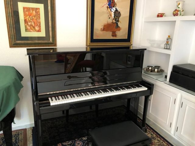 VENDO PIANO YAMAHA Y WILHELM STEINBERG - foto 3