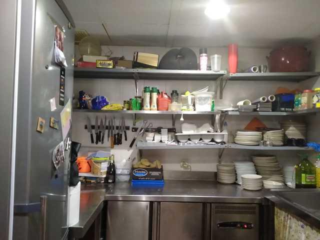 REF. 875 CAFETERÍA CERVECERÍA SAN VICENTE - foto 2