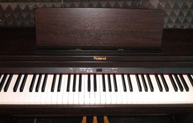 PIANO ROLAND RP301 EN PERFECTO ESTADO - foto 3