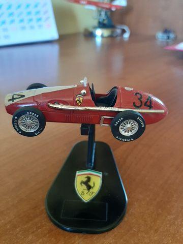 Pisa Papel Ferrari