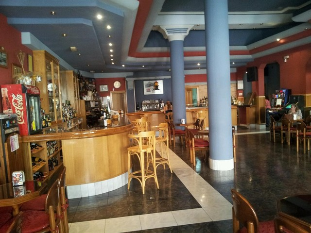 TRASPASO CAFETERÍA EN EL CENTRO - foto 4