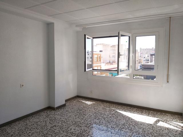 ZONA CENTRO PISO 98 M2 ASCENSOR 79. 900 - foto 4