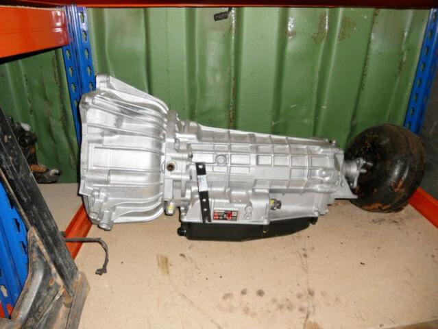 CONTAINER CON REPUESTOS BMW E30 - foto 7