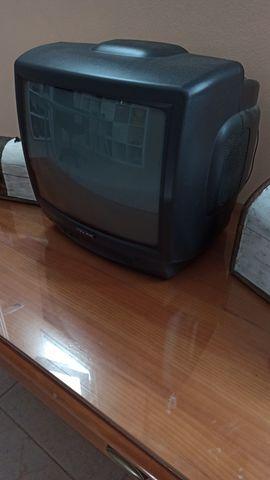 TELEVISIÓN PEQUEÑO - foto 1