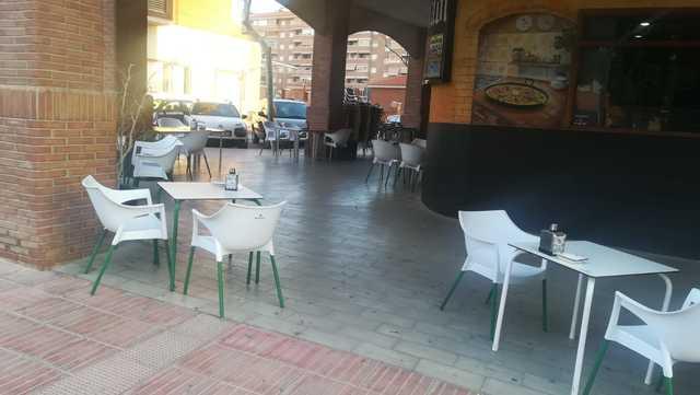 REF. 877 TRASPASO BAR CAFETERÍA S. VICENTE - foto 2