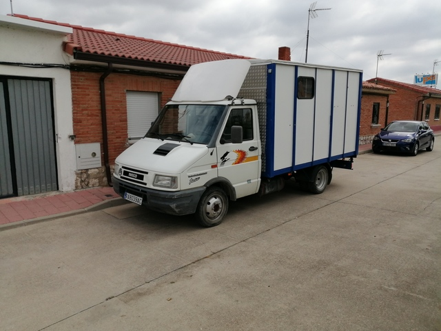 IVECO - DAILY 3510 - foto 1
