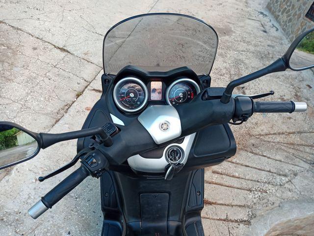 YAMAHA - XMAX 250 I - foto 2